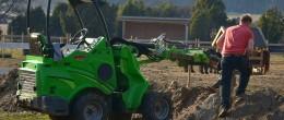 Arbetet med att bygga upp gården
